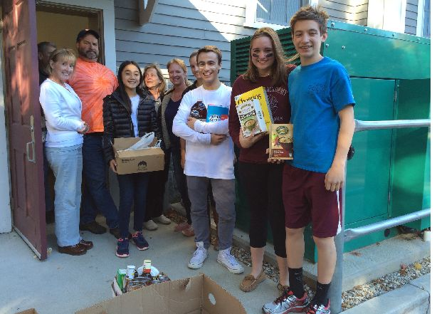 Food Pantry Volunteers - Saint Vincent De Paul Youth - COA Volunteers